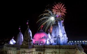 Diwali-Fireworks-e_3498352k