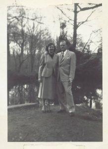 grandmom-and-grandpop-bowker